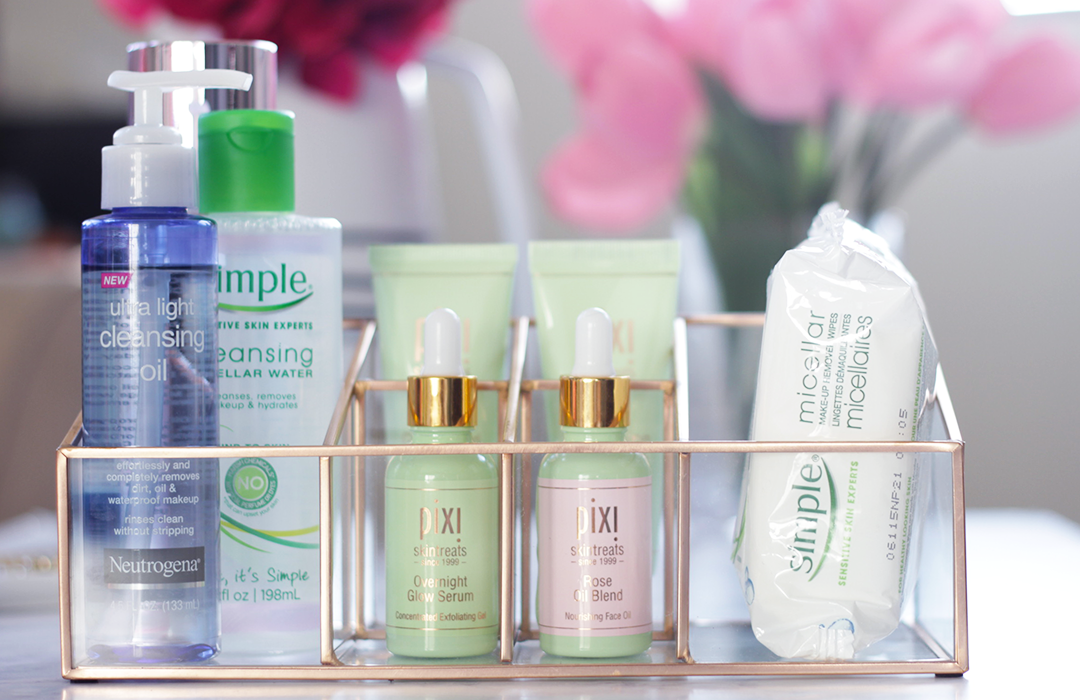 Confused about what new beautyb trend to try or what they exactly are? Keep reading as Jamie breaks down the new beauty buzzwords that have hit the beauty aisles- Makeup Life and Love-Beauty Buzzwords- Pixi Beauty- Simple Skincare Micellar Water- Pixi Beauty Glow Serum- Pixi Beauty Rose Oil Blend- Laneige Essence- Simple Micellar Wipes