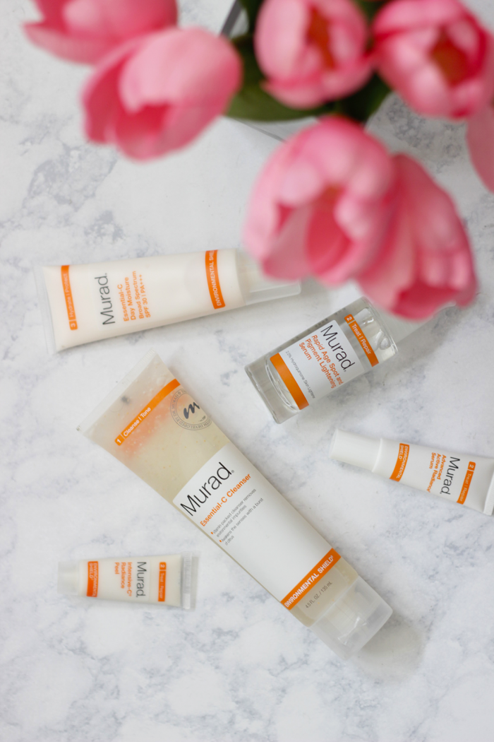 Want glowing skin? Keep reading to see how Jamie is getting glowing skin thanks to the Murad Rapid Lightening Regimen. Time to get glowing skin in as little as 7 days- Makeup Life and Love- Glowing Skin- Murad- Murad Skincare