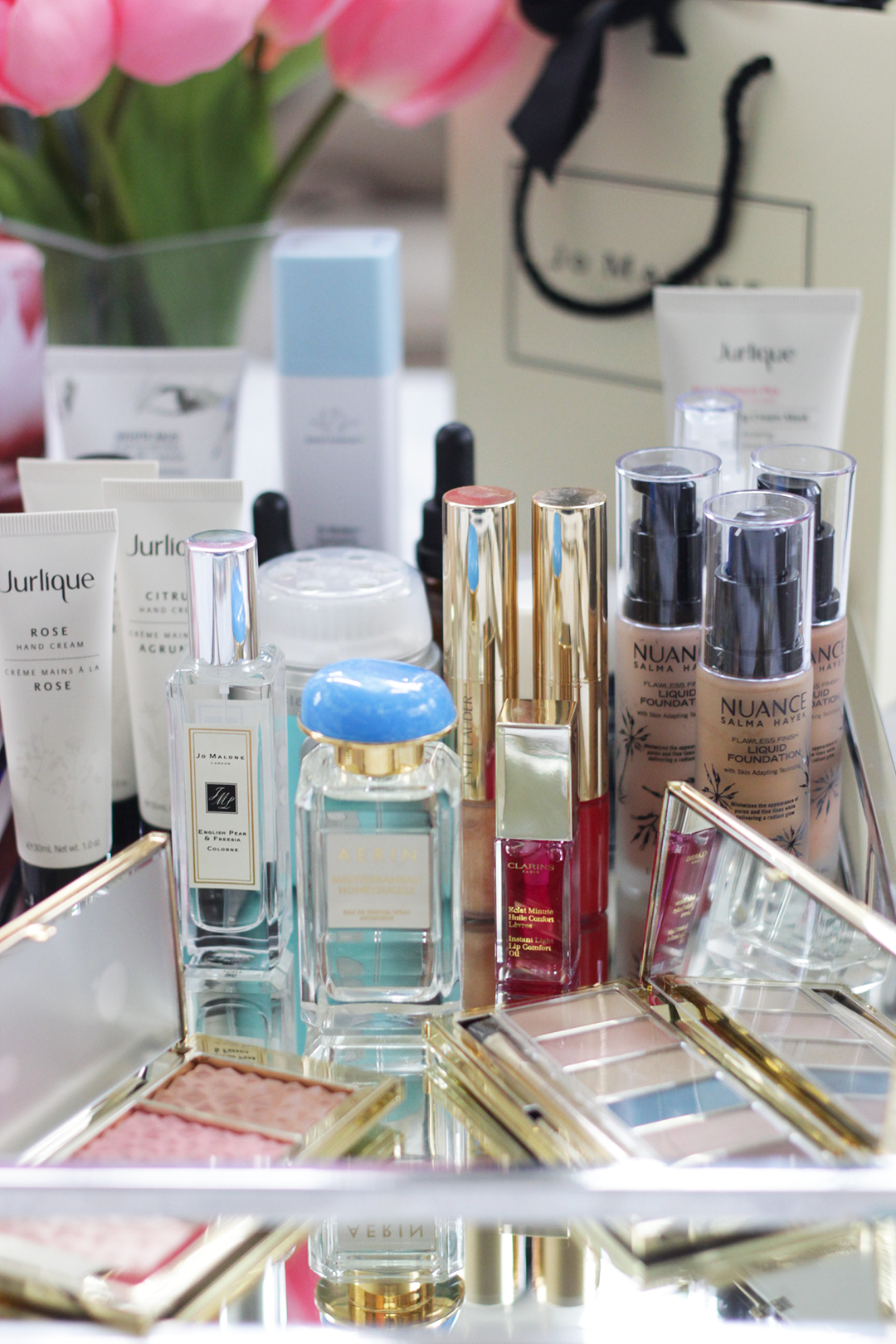 Curious what to get mom this Mother's Day? Check out these Mother's Day Beauty Gift Ideas. Featuring Jo Malone, AERIN, Estee Lauder and much more, see what gifts this year will make Mom swoon. - Makeup Life and Love- Mother's Day Beauty- Mother's Day