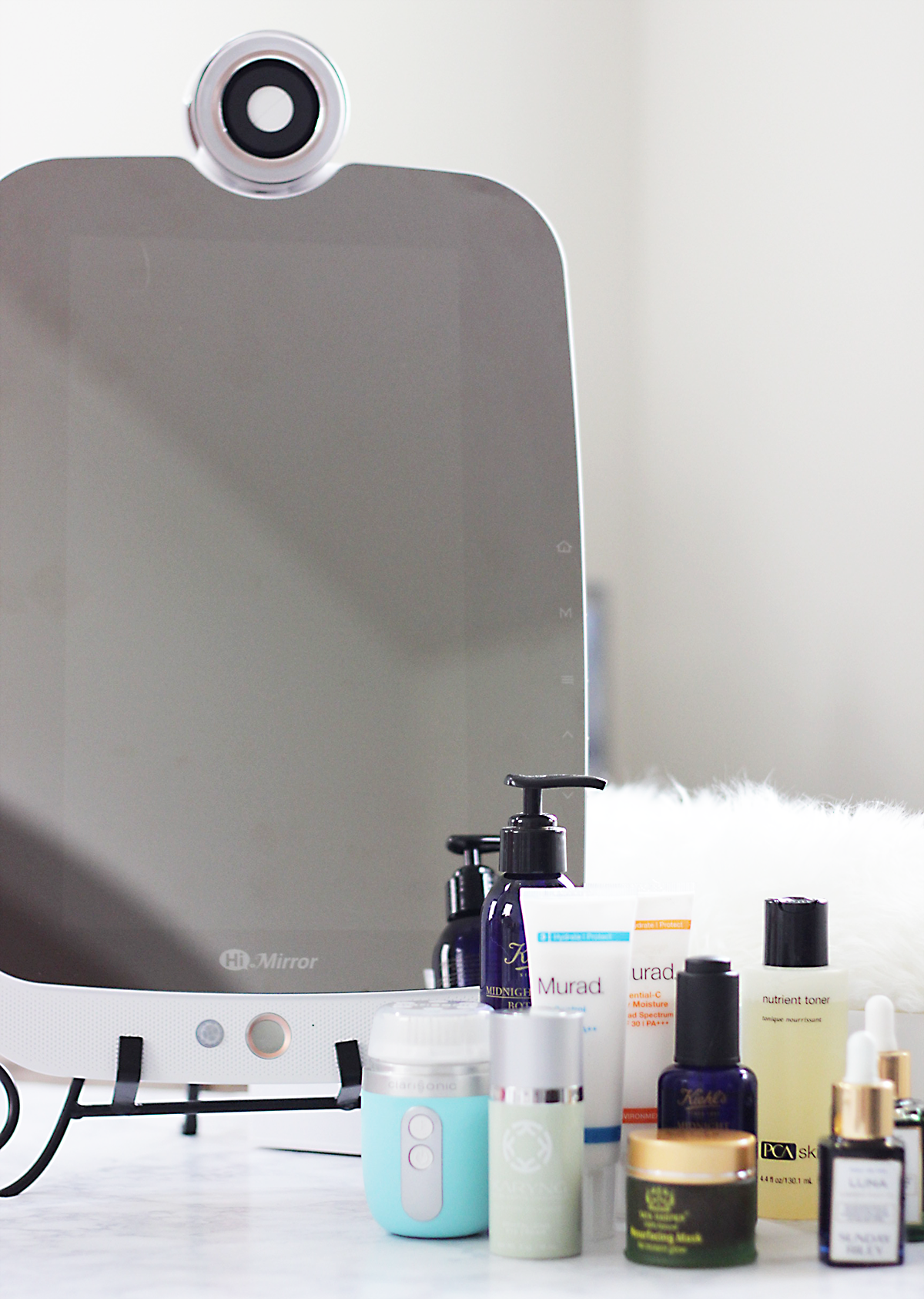 Looking to up your skincare game this holiday season? Then you need to see how to incorporate the newest skincare innovation HiMIrror into your beauty regimen. HiMirror is the first of its kind and is rapidly changing the way you do skincare. See how...- HiMirror- Makeup Life and Love