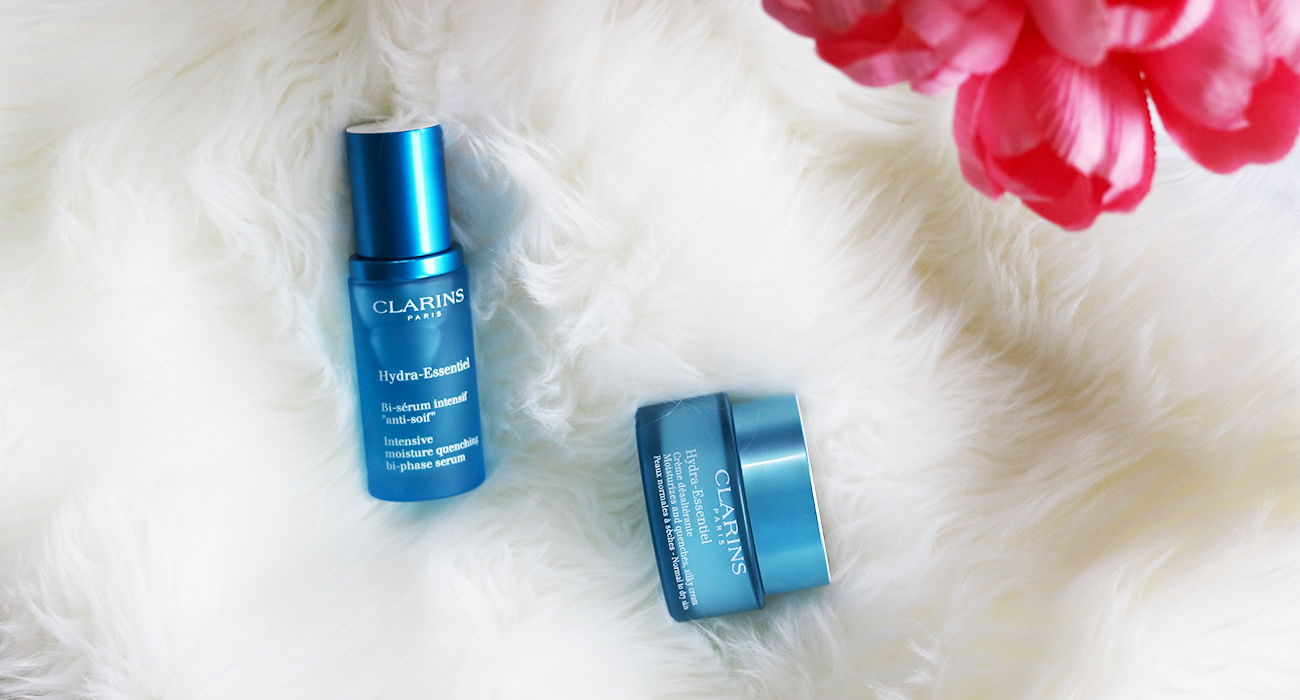 Is anyone else out there suffering from dry skin this winter? Winter this year has been a bit weird for my skin, thankfully I found a new Super Quenching Duo that has brought my skin back to life. Let's see why you need this Hydra-Essentiel Duo in your life NOW!