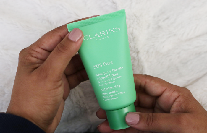 Looking for the perfect midweek pick me up to help address your skin concerns? See why you need to try the new Clarins SOS Masks, and how it can change your skin in just 10 minutes.