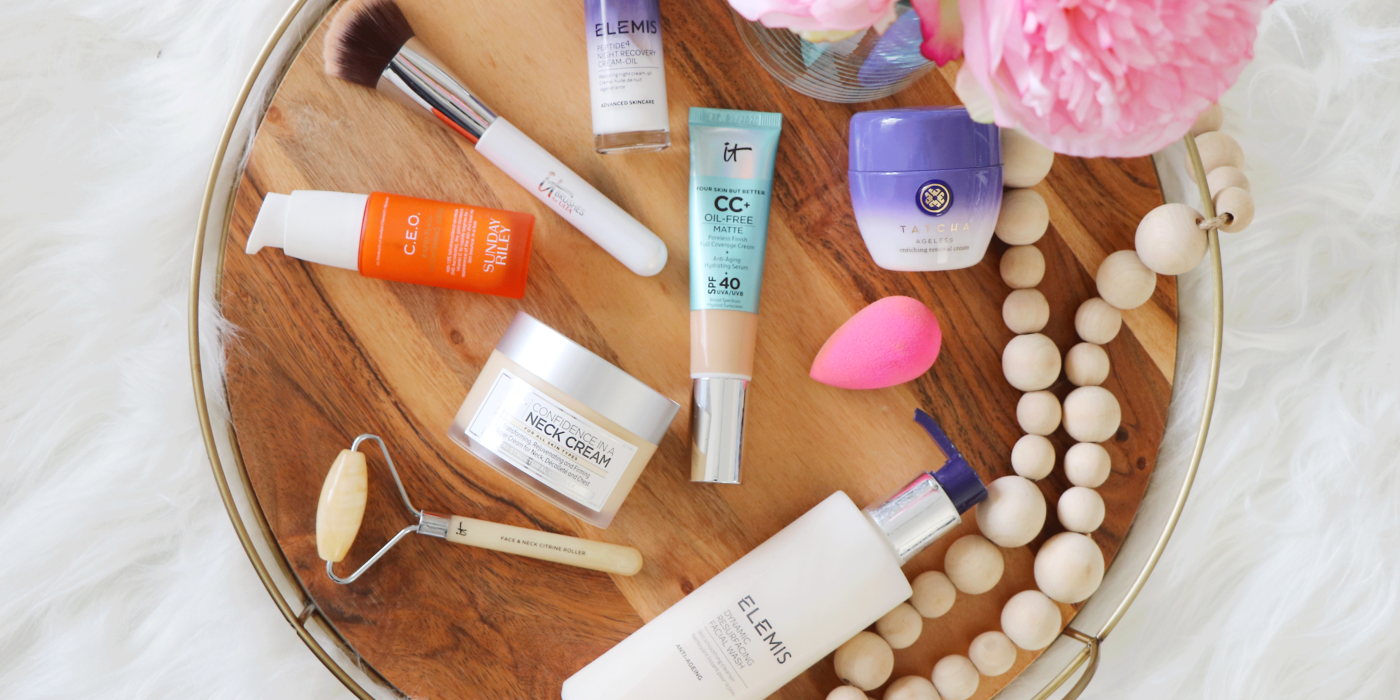 Looking for the best beauty and skincare finds? From SPF to eye cream- Makeup Life and Love is sharing the best QVC beauty + skincare deals happening right now. Click to see them HERE!