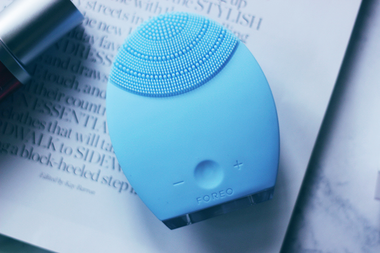 Foreo Luna- An amazing, gentle skincare cleansing device that you need to try ASAP- Foreo