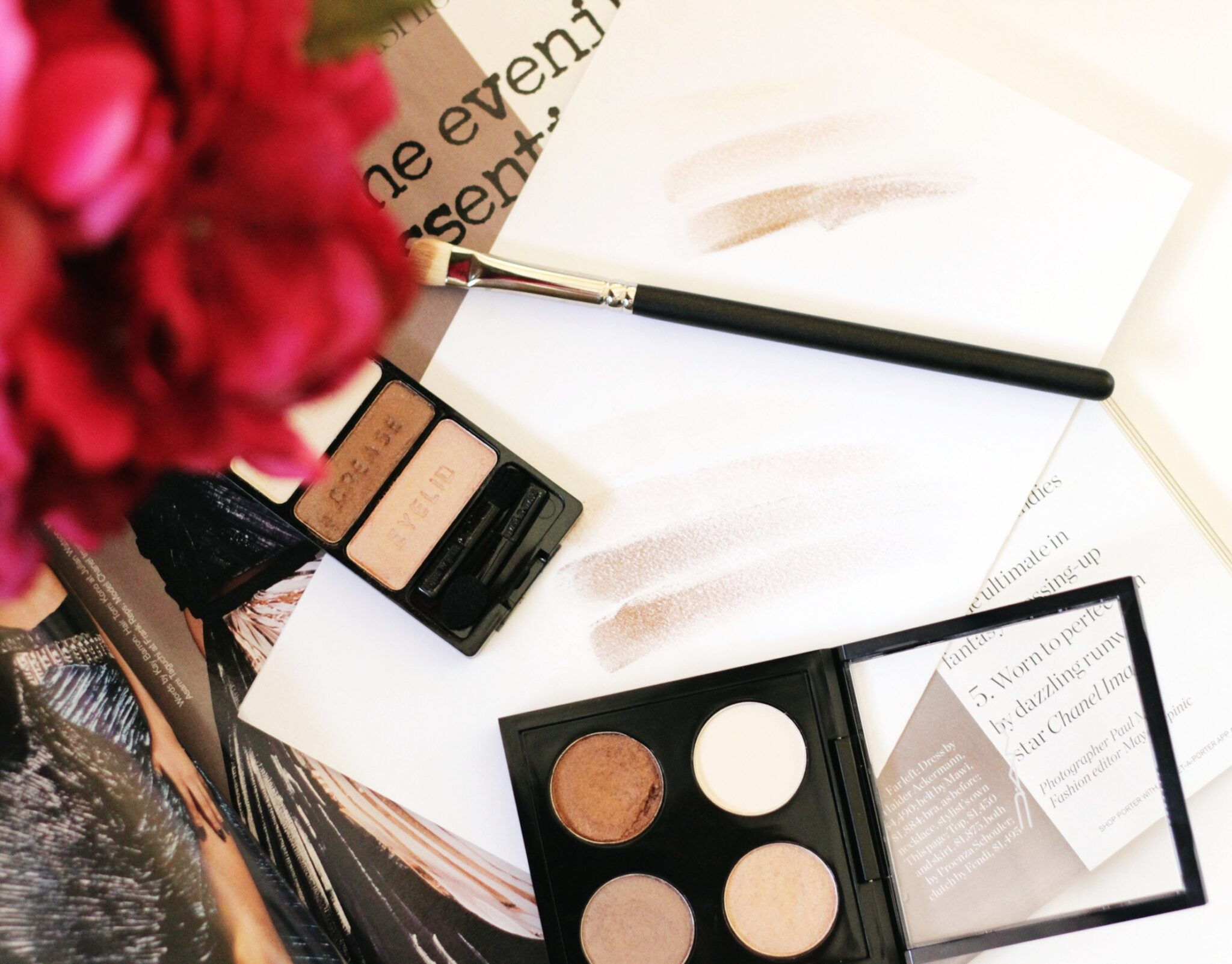 Looking for the perfect MAC eye shadow dupe? Los Angeles Blogger Jamie Lewis is sharing her favorite drugstore finds that is a MAC eye shadow dupe HERE!