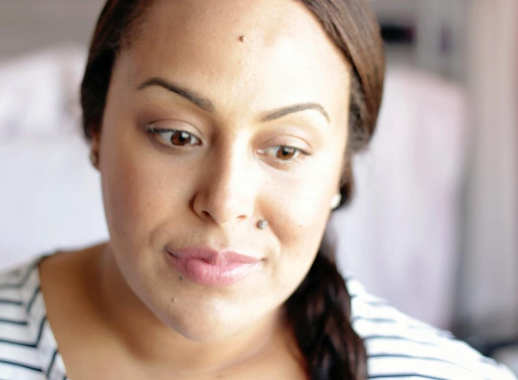 ArdencyInn-MakeupLifeLove-Foundation-Finish-Dewy-Skin