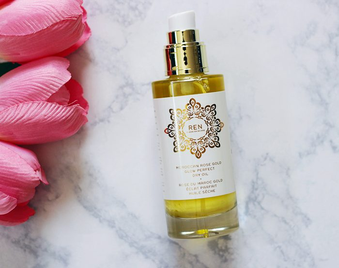 Summer is here, and what better way to kick it into high gear then with soft skin. Find out why you need to try REN Moroccan Rose Gold Glow Perfect Dry Oil NOW.