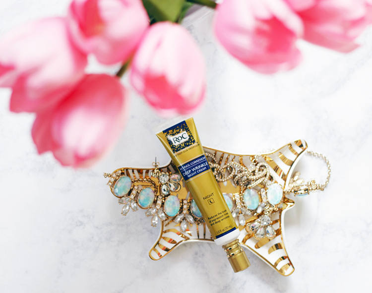 The holidays are here and with holidays comes lots of pictures. What better way to get holiday ready then with beautiful skin. Recreational Correxion Deep Wrinkle Night Cream will have your skin in tip top shape within 4 weeks. Find out HERE >> http://www.makeuplifelove.com