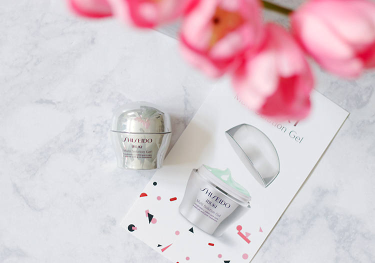 Need something to clear up breakouts, revive dull skin all while shrinking pores? The Shiseido Ibuki Multi Solution Gel is the newest addition to the Ibuki line. Find out why Jamie is obsessed with this gel and why you NEED this in your skincare routine NOW.