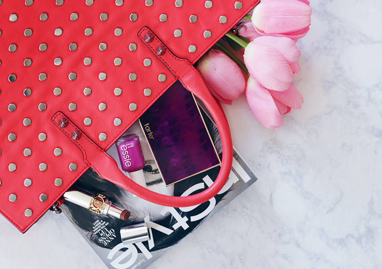 Looking for that perfect fall handbag? Now is the time to shop the Shopbop Handbag Sale. Find out how to score designer deals for just 2 days only NOW. - Shopbop-Handbag-makeuplifelove