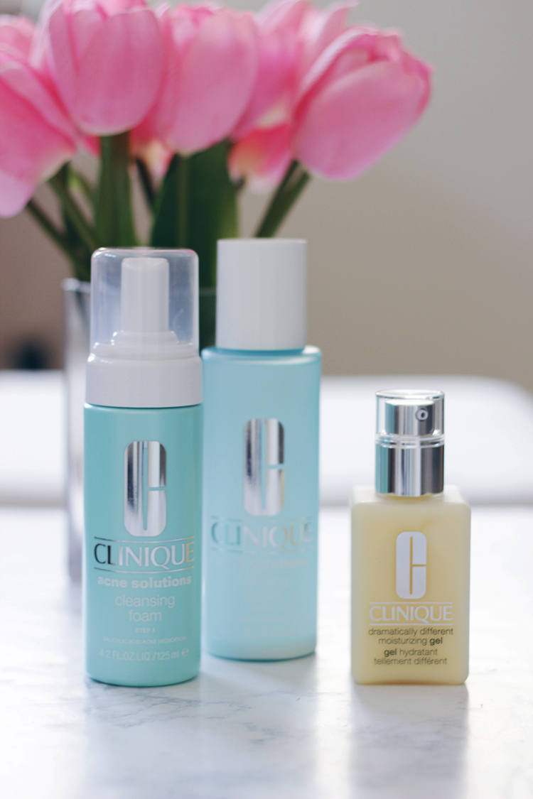 Stop overthinking skincare NOW and grab yourself a Clinique 3 Step Skincare Routine. Different routine for all skin types around, this Clinique 3 Step Skincare system will seriously rock your world. Find out why HERE.- Clinique- Skincare- Clinique 3 Step Skincare- Clinique 3 Step- Beauty- MakeupLifeLove